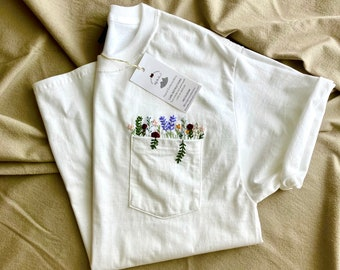 Hand Embroidered Floral White Pocket T-shirt, Wildflower Embroidered Pocket, Women's Embroidered Shirt, Embroidered Tee, Flower T-shirt