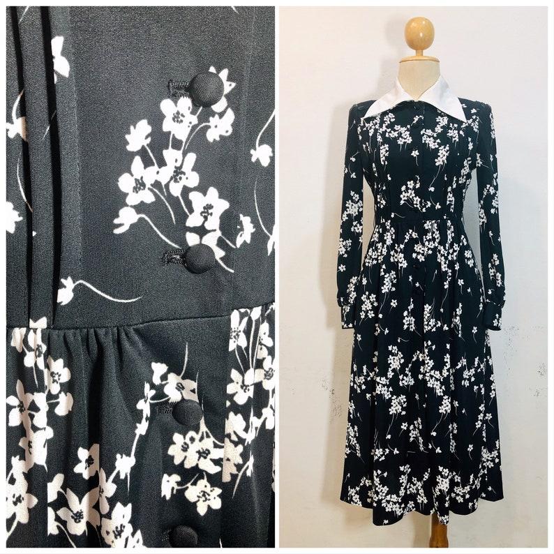 S Japan 70s Black /& White floral Vintage Shirt dress