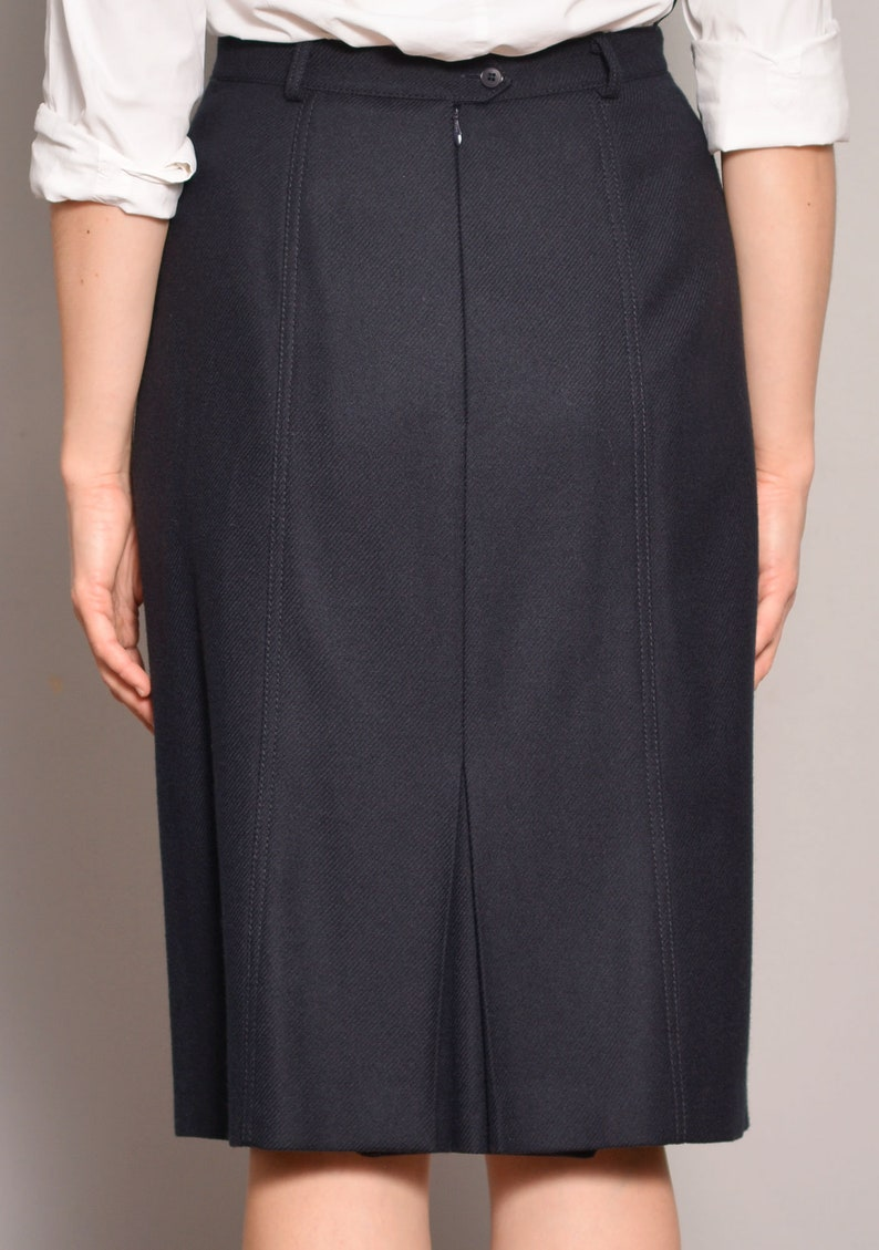 Pure Wool Skirt Navy Blue 80s Dark Skirts High Rise A Line Knee Lenght Textured Patterned Flare Classy Elegant