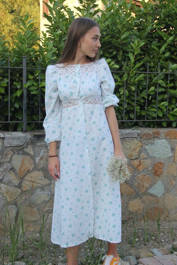 1970' Vintage floral cotton embroidered dress