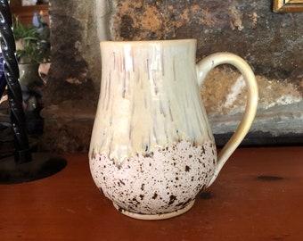 20 oz Soft Yellow Bellied Stoneware Mug