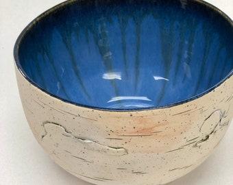 6 Cup Realistic Stoneware Birch Bark Pottery Bowl, Blue