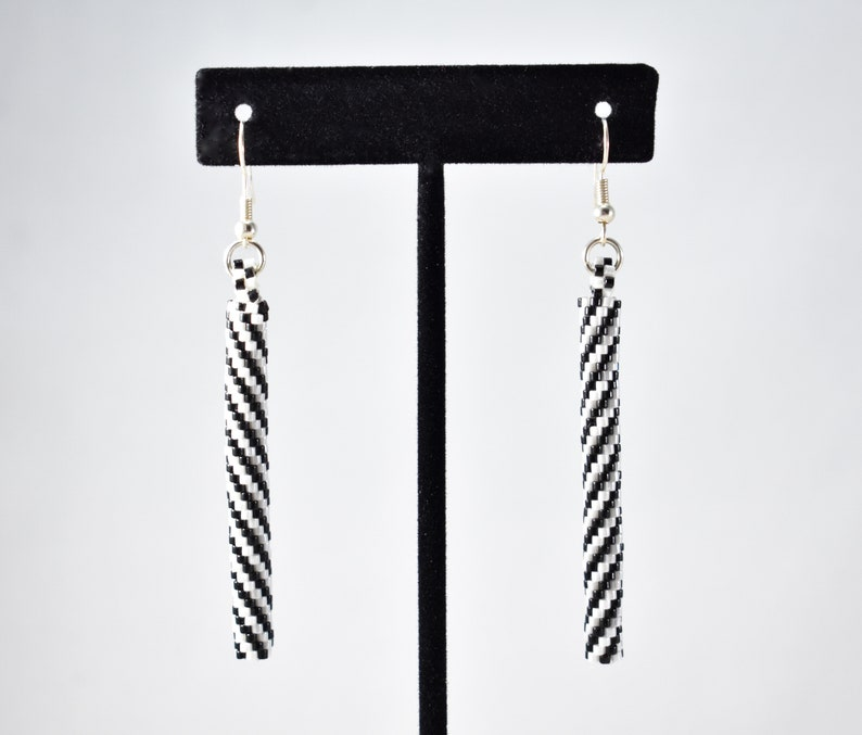 Georgia Slims Black and White Spiral hand beaded peyote tube earrings in silver by Zillionwaire