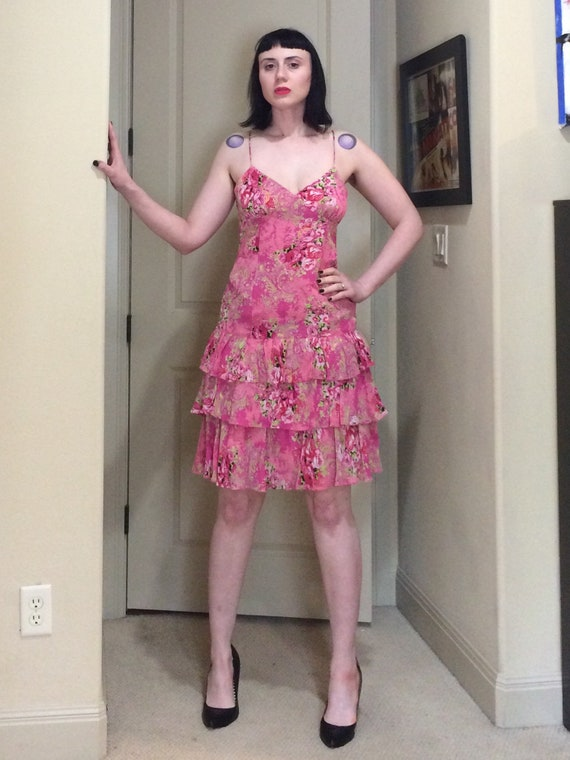 Insanely cute 90s MICA pink rose print spaghetti s
