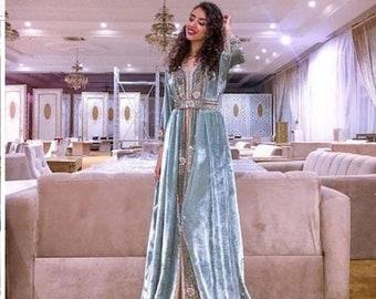 7d7895ec30 Arabic gowns   Etsy