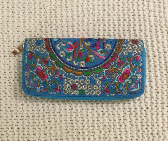 Fabric Floral Design Embroidered Wallet