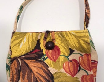 c5df17af2 Small purse made with vintage barkcloth