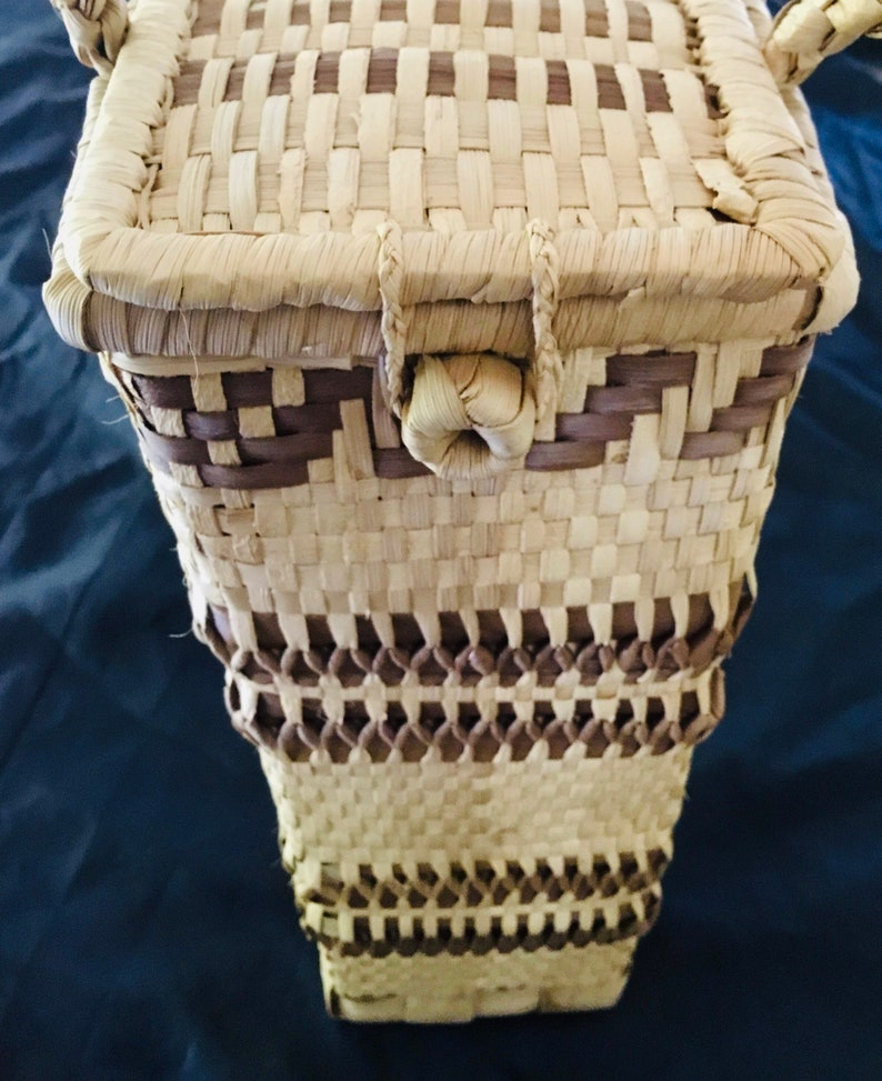 Wicker Wine Basket Collectable BasketDecor Display Vintage Polynesian Natural Wicker Woven Tote Classy BYO Wine Taker