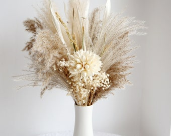Pampas Grass bouquet,Dried flower bouquet,vase filler,dried flowers,natural flower decor,Flower Arrangement,Small Centerpiece