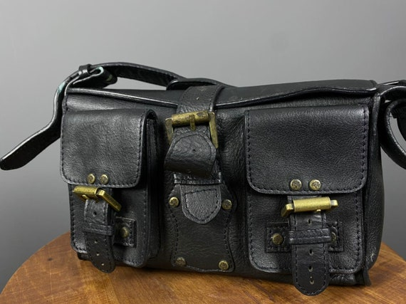 Vintage Mulberry Black Leather Multi-Pocket Hand B