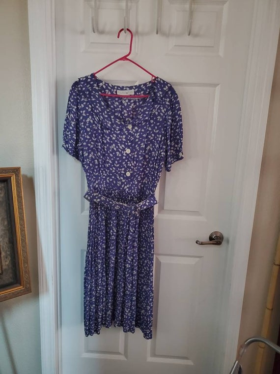 Vintage Eileen West purple dress