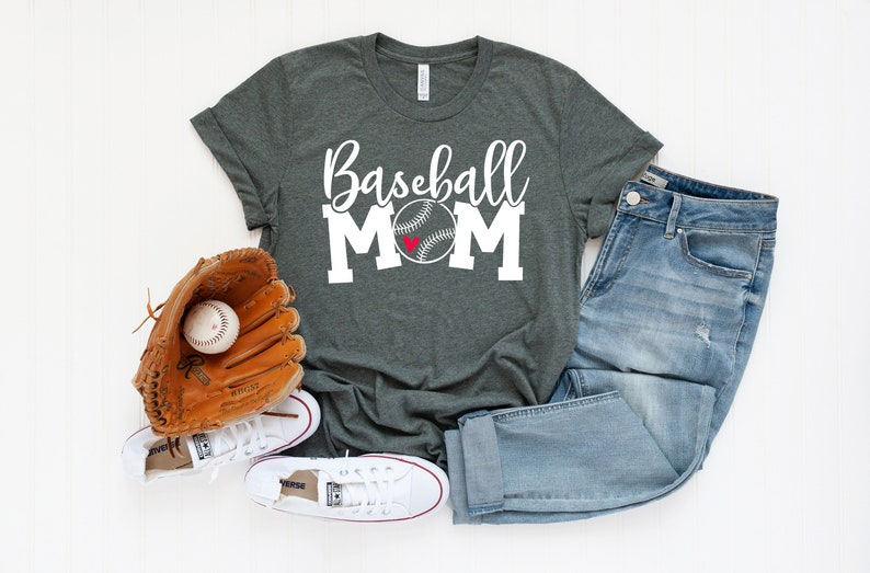 Baseball Mom Short Sleeve T-shirt  Saying T shirt  Graphic image 0