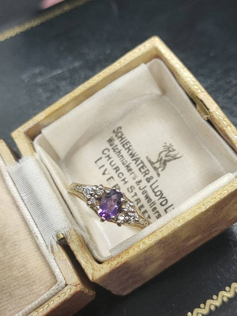 Stunning Vintage Style Modern Made Birmingham Import Hallmarked Oval Cut Solitaire Amethyst CZ Assets 9ct Yellow Gold Ring size P