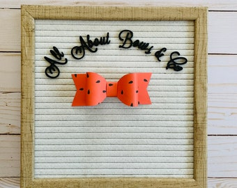 Letter Board Bow// Letter Board Icons// Letter Board Accessories// Letter Board// Paper Bow// Tiered Tray Decor// Tiered Tray// Summer Bows