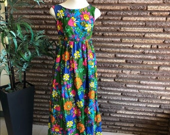1ea029eec7dc Vintage 70s Hawaiian Mod Flower Power Empire Waist Maxi Dress