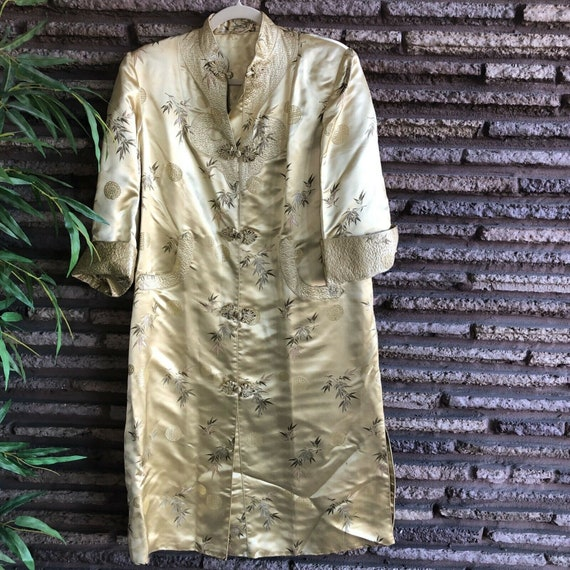 Chinese Vintage Gold Brocade Quilted Robe Coat Siz