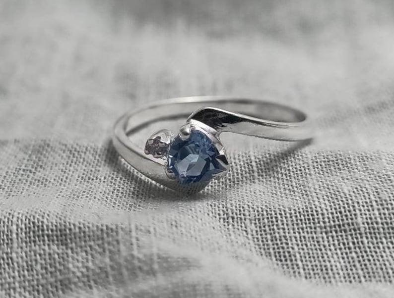 Heart Shaped Natural Semi Precious Aquamarine Gemstone with Cubic Zirconia Accent Stones Handmade Aquamarine /& Zircon Silver Ring