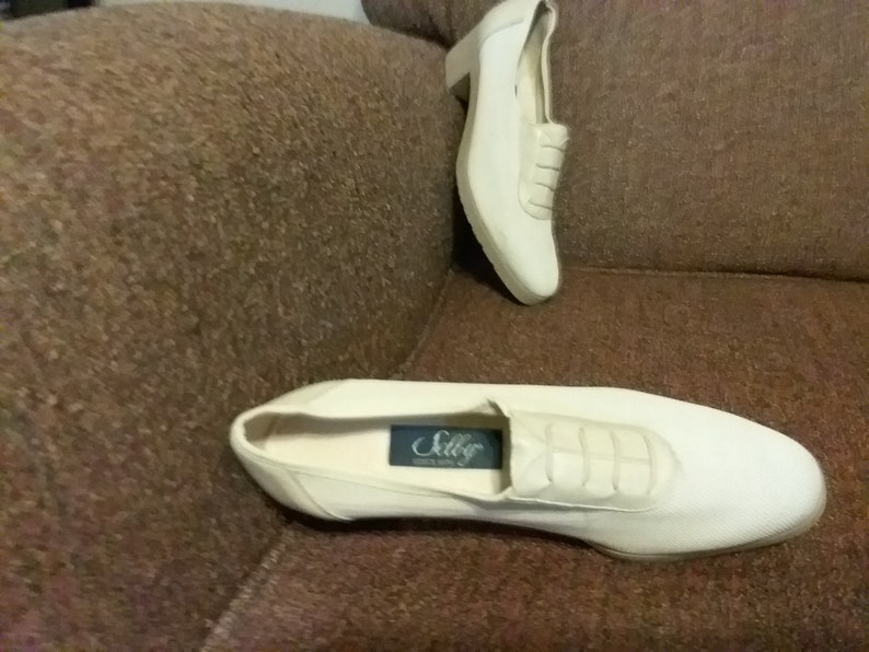 07857a611b971 Selby Brand New Ladies Breathable Shoes Size 7 Narrow
