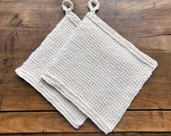A set of pot holders made of organic cotton, Tunisian crocheted, gift, sustainable, kitchen, cooking, utensils, interior, handmade, hygge