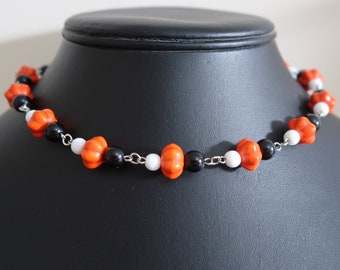 Halloween Bead Necklace and Earrings Set (Orange Synthetic Howlite Pumpkin Beads, Black and White Acrylic Beads)