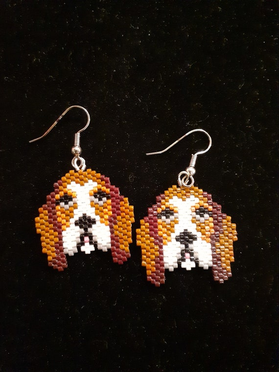 Bassett/Beagle hound dog earrings