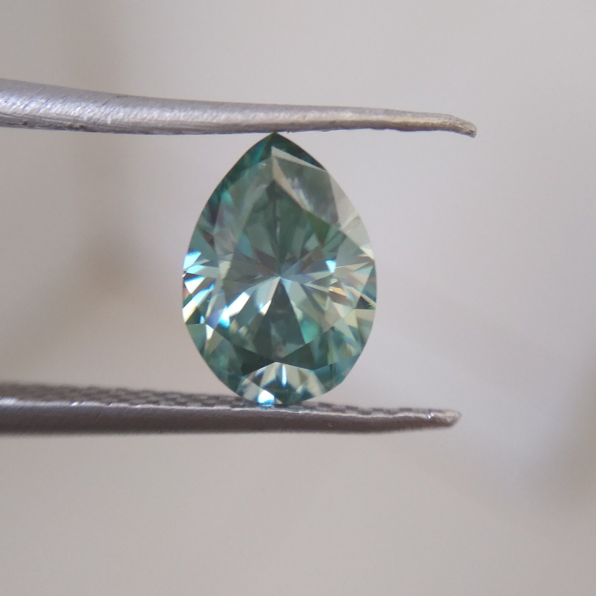 Loose Moissanite Light Pink Color 5.00 CT Emerald Fancy Cut for ring VVS1