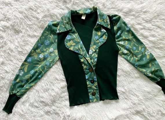 Gorgeous True Vintage Early 1970s Button Up Blouse