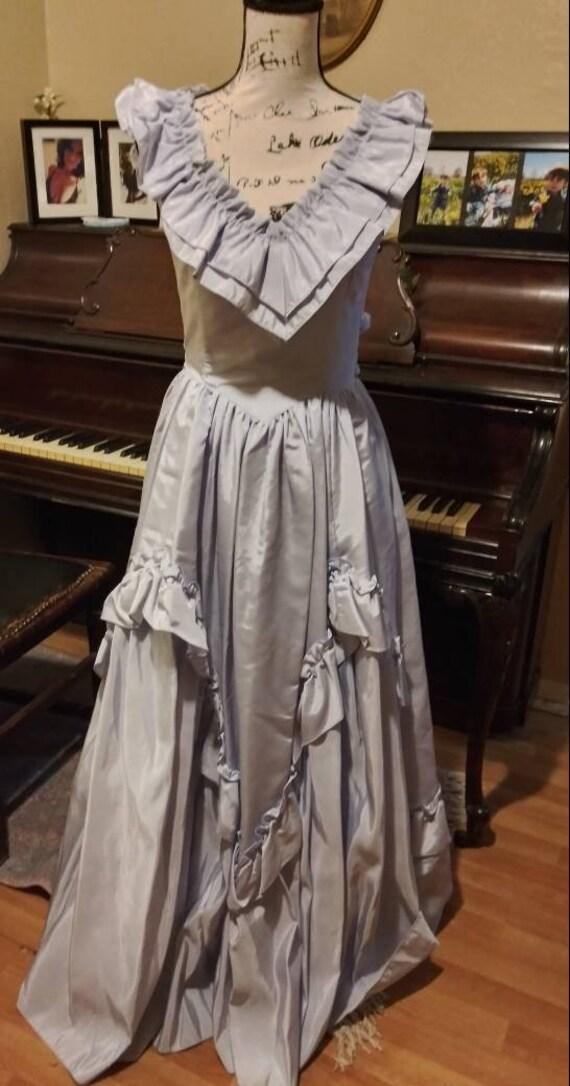 Stunning Vintage Satin Gunne Sax Dress Powder Blue