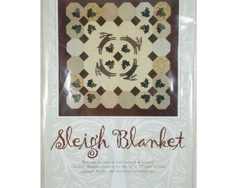 Sleigh Blanket Christmas Quilt Pattern Touchwood Quilt Design Holly 52x52 UNCUT