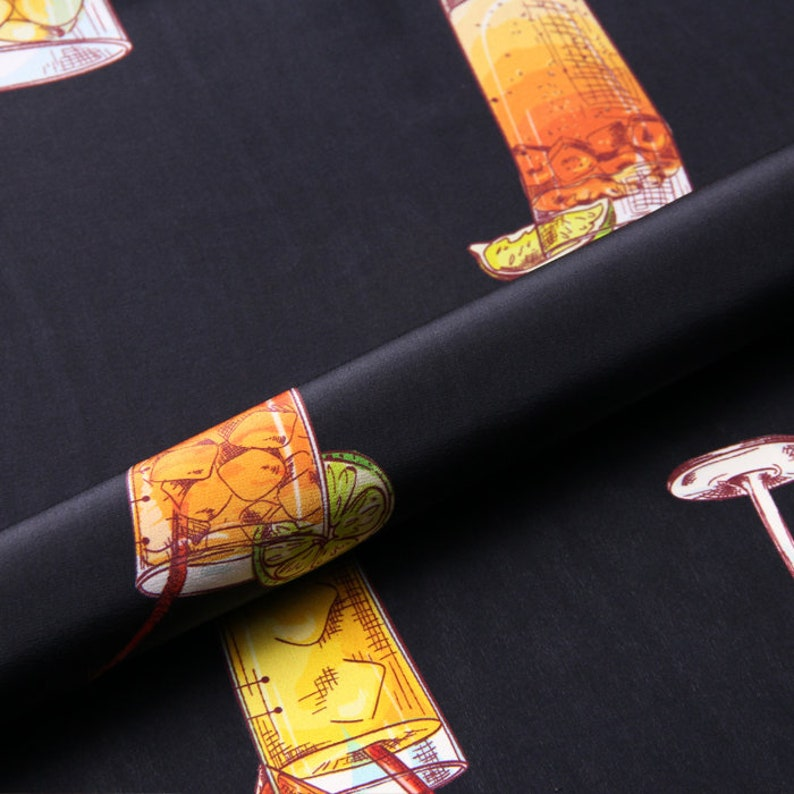 black fabric 100/% Silk Crepe de Chine  fabric  Width 53 inch  12 mm Momme Romantic cocktail printing
