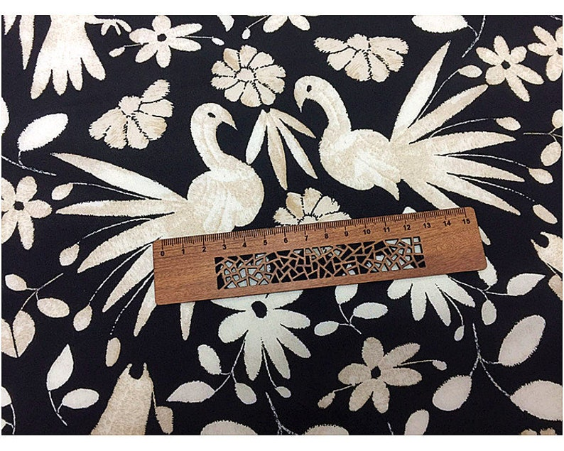 black fabric summer new style 100/% Silk Crepe de Chine  fabric  Width 54 inch White flower prints and birds