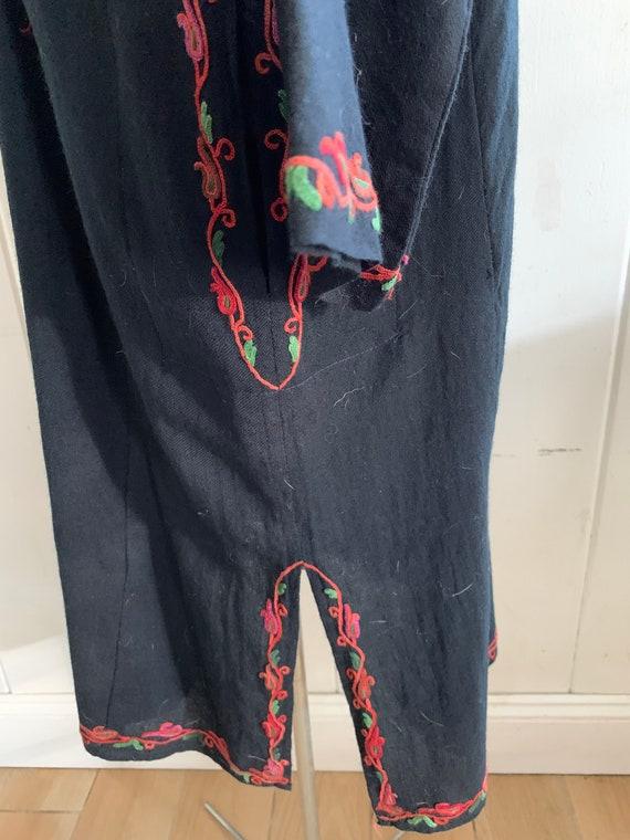 Vintage boho embroidered dress - image 3