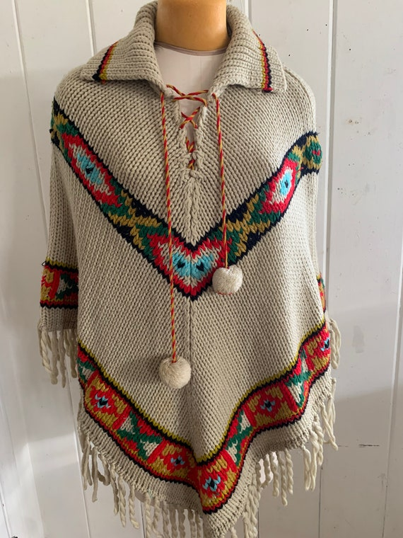 Vintage Southwest handed knitted Poncho