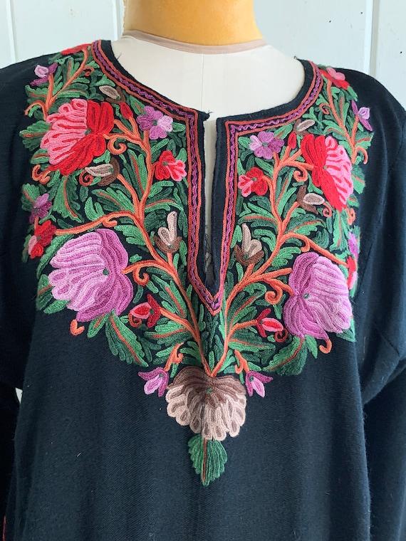 Vintage boho embroidered dress - image 2