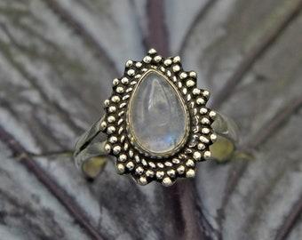 ae5f850fa42d Anillo plata y piedra luna