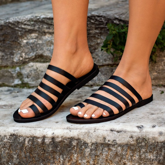 Greek leather sandals, strappy sandals, toe ring sandals, classic leather sandals, black sandals, Flat sandals, black leather sandals