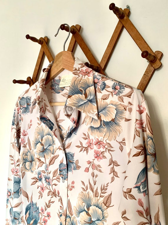 1970's Vintage Dagger Collar Floral Buttondown Shi