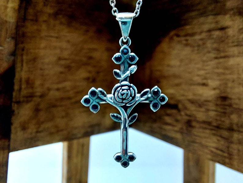 Minimalist silver jewelry  Sterling silver necklace  adjustable silver chain  cross necklace