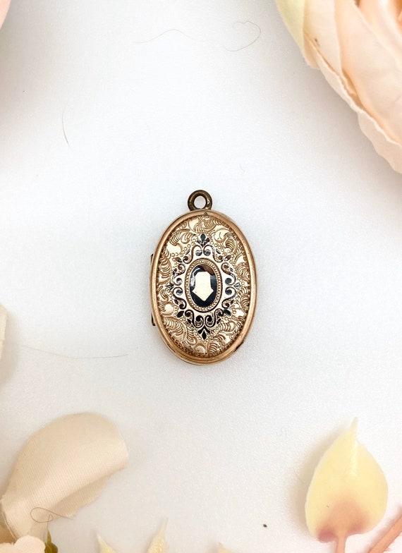 Antique Gold Filled & Enamel Locket #31