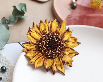 Sunflower brooch pin , embroidery brooch , sunflower wedding jewelry , personalized gift for mom