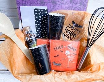 Halloween Baking Party Gift Set, Halloween Party Supplies, Halloween Cupcake Wrappers, Halloween Wine Glass, Happy Hallowine