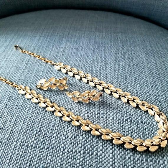 Vintage Coro Necklace & Earrings Suite