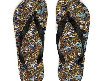 811b75bb2 Gucci flip flops
