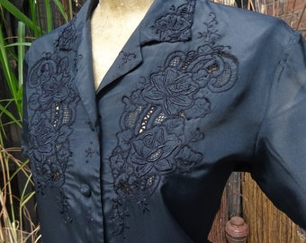 Vintage Chinese BLACK SILK BLOUSE-Hand Embroidered Black silk Blouse.