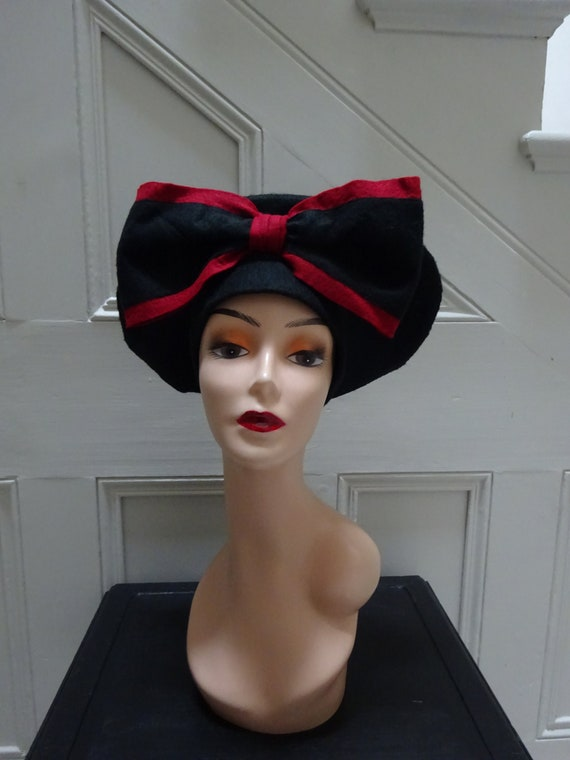 1940s CUSTOM MADE HAT-40s Halo Hat-1940s Felt Hat.