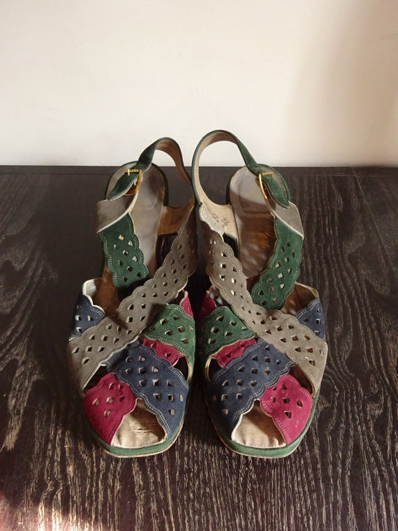 1940s  SUEDE SANDALS-Rare 40s Peep-Toe Sling Back