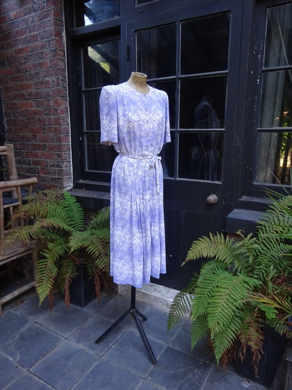 1940s FLORAL CREPE DRESS-40s Lilac and White Day D