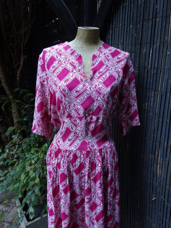 1940s NOVELTY PRINT DRESS-40s Crepe Dress-1940s Cr