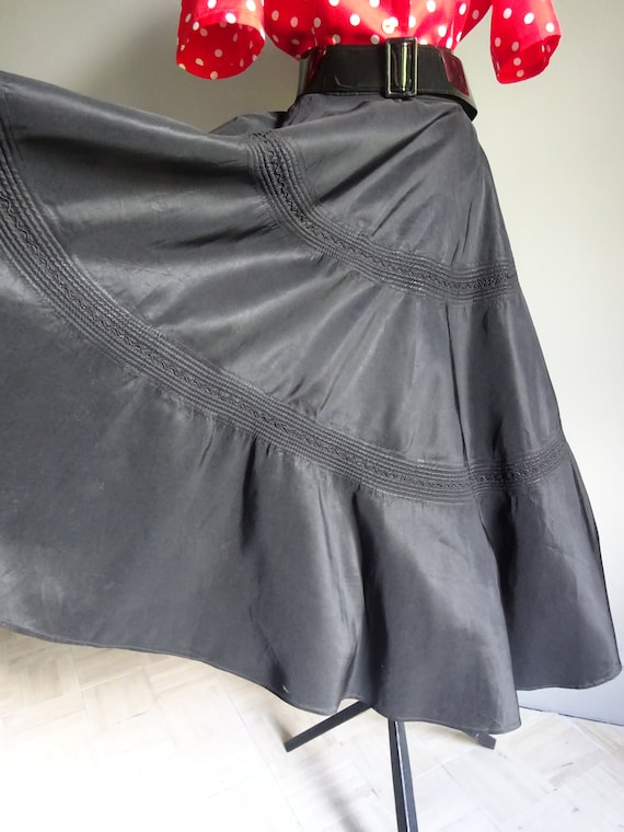 1950s FULL CIRCLE SKIRT-50s Black Taffeta Skirt-50