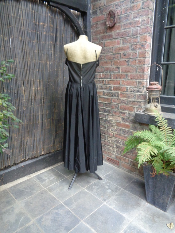On Hold.......... 1950s TAFFETA EVENING GOWN-50s … - image 4